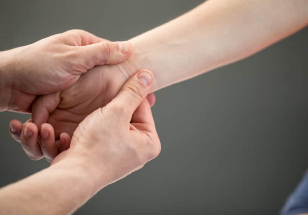 physical therapy wrist massage