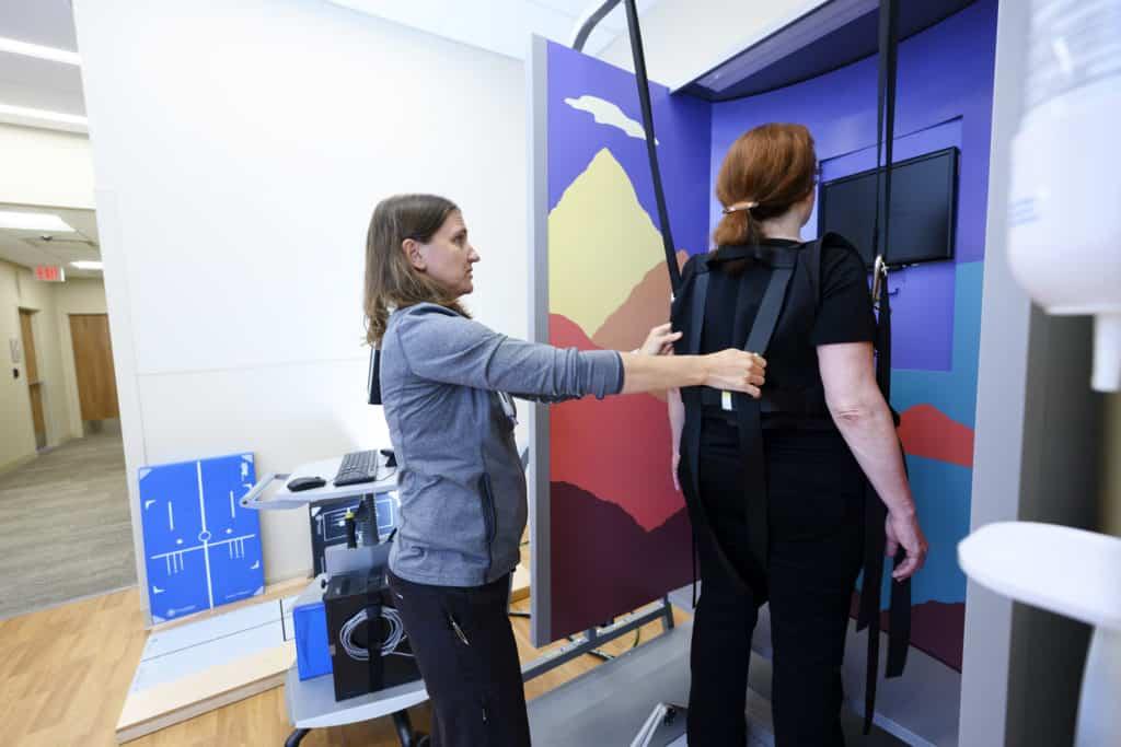 pt neurological rehabilitation tech with patient